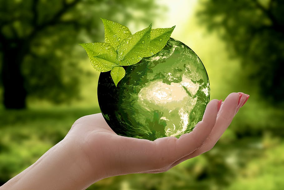 Laiendatud tootjavastutus on sisuliselt saastatuse vältimise poliitika põhimõte, keskkonnakaitse strateegia, mille eesmärk on vähendada toote kahjulikku mõju keskkonnale.
